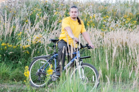 Кандидату в депутаты Рязанской облдумы запретили разместить на избирательных участках фотографию с велосипедом 1_5727