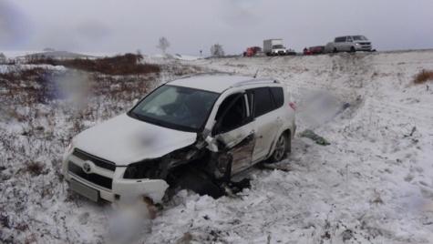Три человека пострадали в столкновении Hyundai Accent и Toyota RAV 4 в Скопинском районе 1_6534