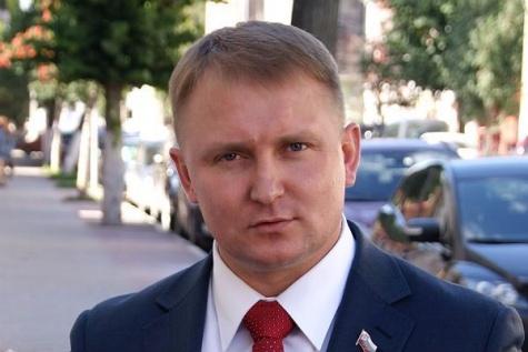 Александр Шерин стал соинициатором закона о пятилетнем моратории на взносы за капремонт 1_7232