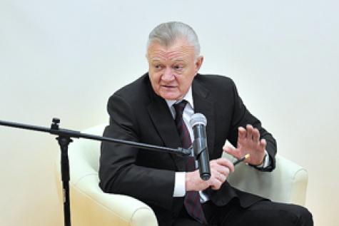 Рязанский губернатор на встрече с общественниками говорил о санкциях и политических врагах 1_7612