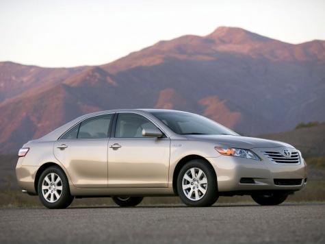 Скопинские чиновники заказали автомобиль стоимостью 1,5 млн второй раз за год Toyota_camry_hybrid_sedan_2006